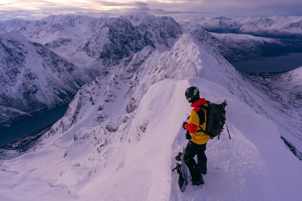 Image de mise en avant - ARCTIC LINES, SNOWBOARD FREERIDE DANS LE CERCLE POLAIRE